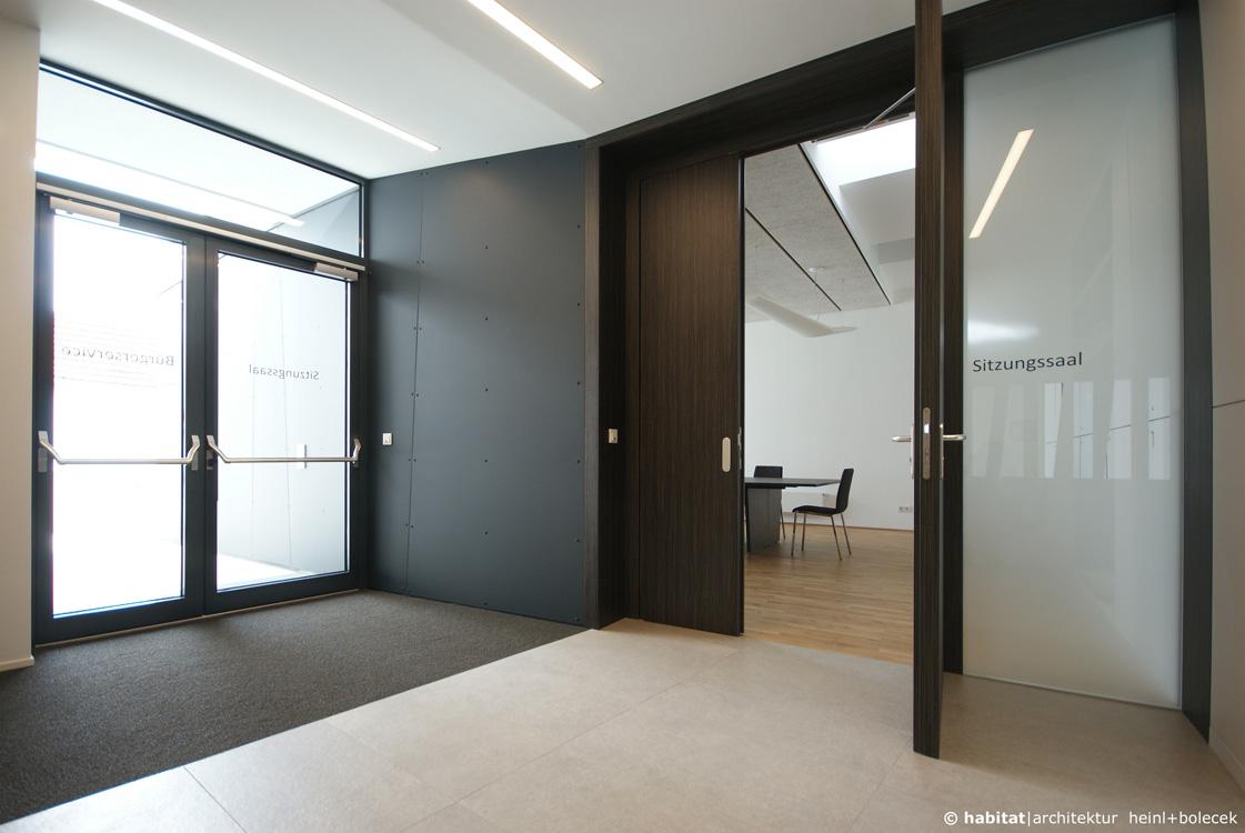 rathaus k nigsbrunn am wagram n 2013 2015 habitat architektur. Black Bedroom Furniture Sets. Home Design Ideas