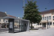 Rathausplatz Herzogenburg | NÖ | Buswartehaus